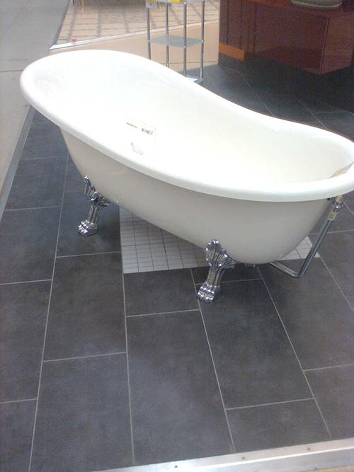 Rismaltatura vasca bagno colori per dipingere sulla pelle - Smaltare la vasca da bagno ...